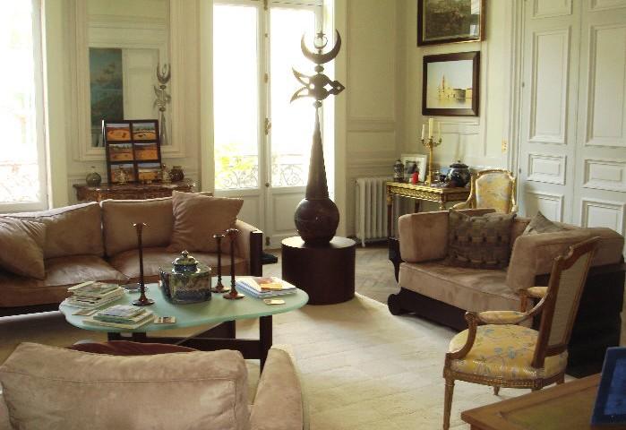 Appartement dans le 8ème à Paris